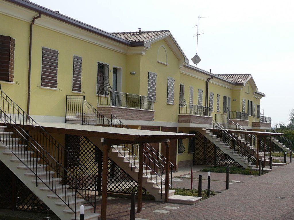 SAN PANCRAZIO- VIA F.LLI GARAVINI rif.4